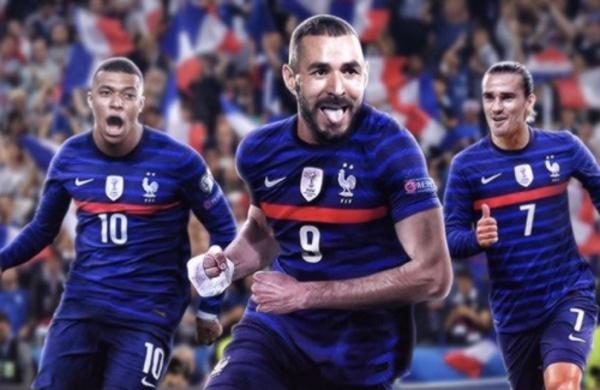 biệt danh đội bóng Pháp